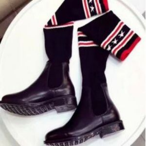 Luxury Star boots size 9 new,